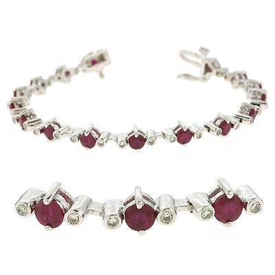 Ladies Gemstone Bracelet B4311-RWG