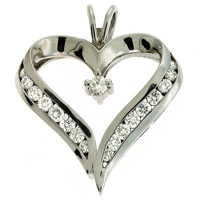 Ladies Heart Pendant P2158WG